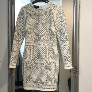 BEBE-OFF WHITE EMBELLISHED LONG SLEEVE DRESS- XS